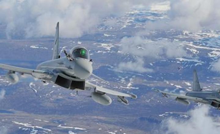 Boati nei cieli di Lombardia, l'Aeronautica Militare spiega l'accaduto