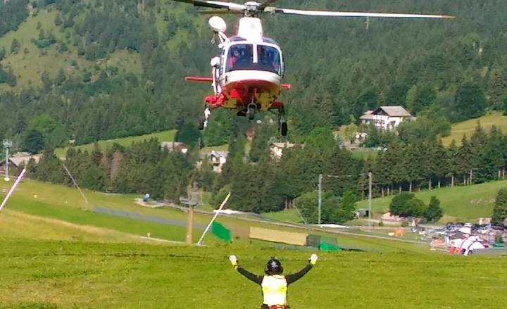 Parapendio precipita in Val di Mello: muore 49enne tedesco