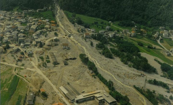 Cattaneo a cerimonia per Trentennale alluvione Valtellina